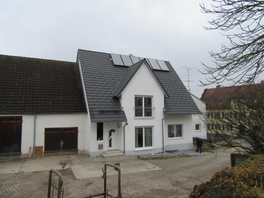 89561 Dischingen-Ballmertshofen, Einfamilienwohnhaus mit Wohnrecht und merkantilem Minderwert