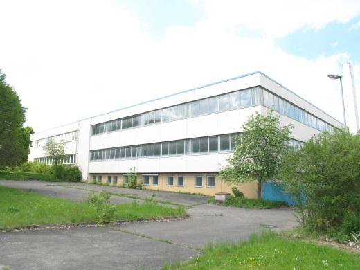 72501 Gammertingen, Produktionshalle mit Büro- und Lagertrakt