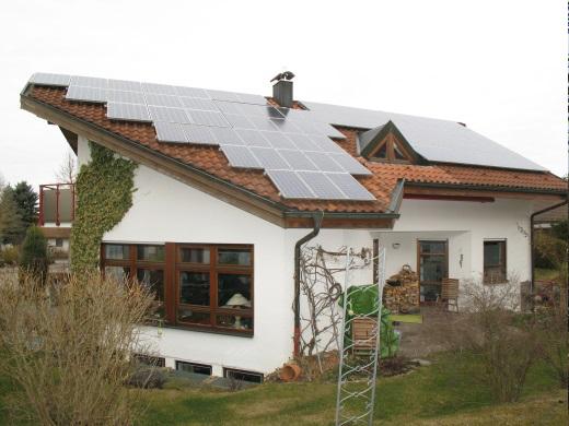 72525 Münsingen, Einfamilienwohnhaus mit PV Anlage