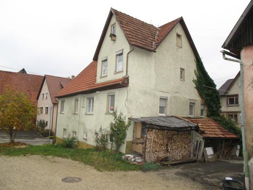 72529 Engstingen, Wohnhaus