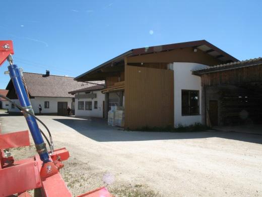 72535 Heroldstatt-Ennabeuren, Wohnhaus und Werkstattgebäude