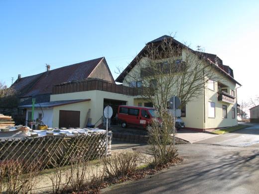 89616 Rottenacker, Wohn- und Geschäftshaus