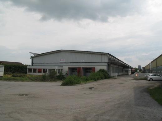 72160 Horb, Industriehalle und Freifläche mit PV-Anlage